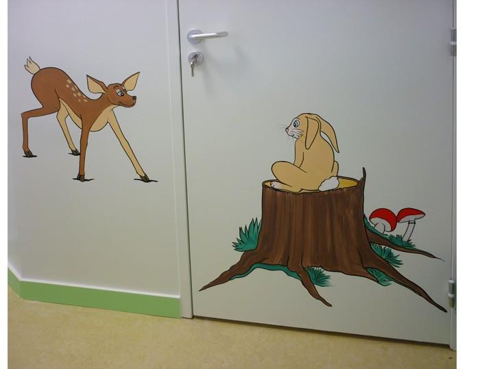 le petit Bambi et son ami lapin,